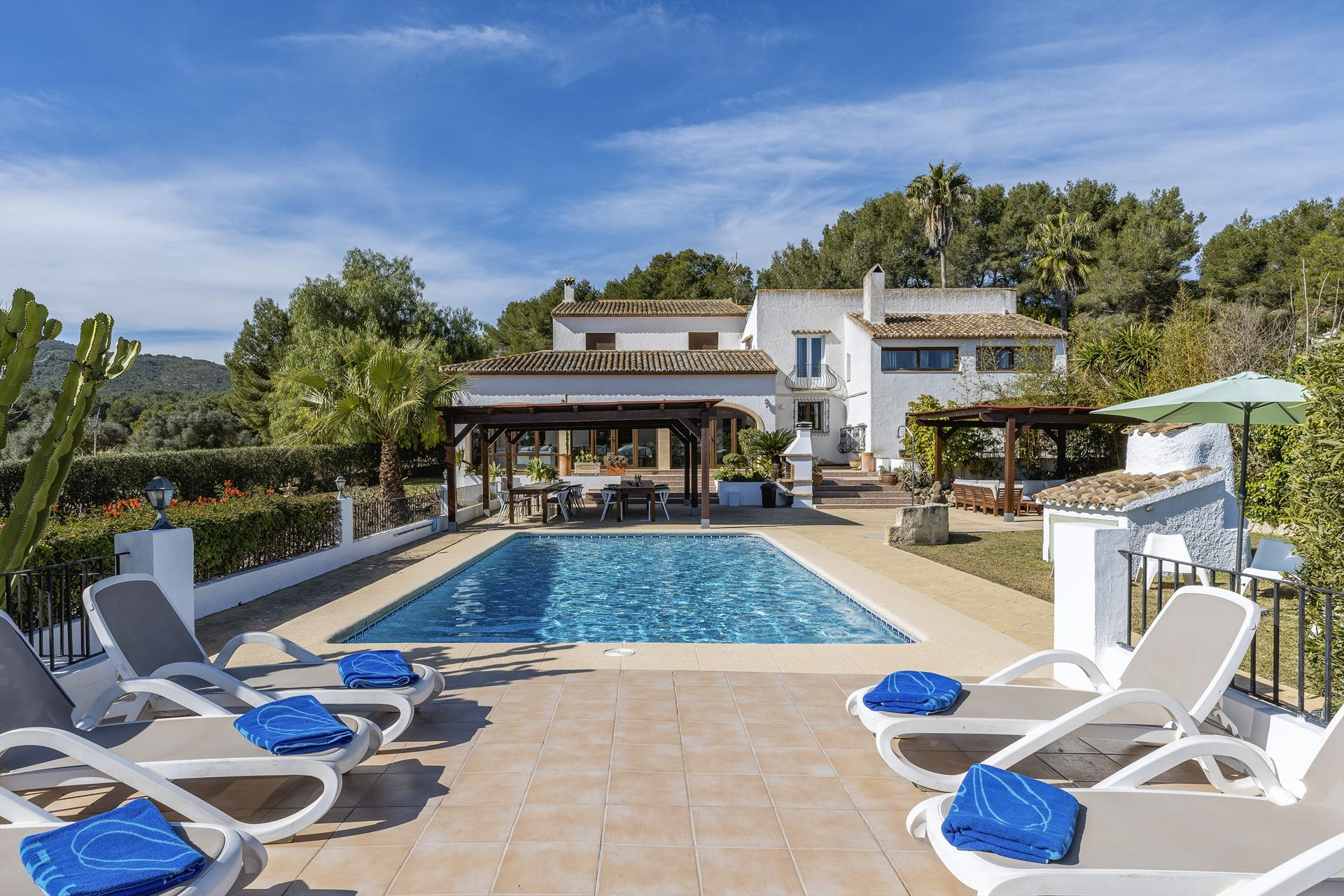 Casa Rosalia 26 pax, Large and comfortable villa  with private pool in Javea, on the Costa Blanca, Spain for 26 persons...