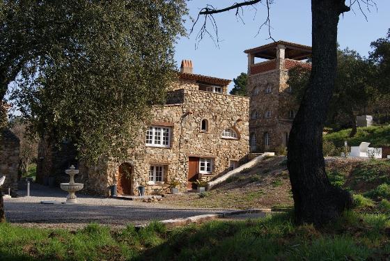 La tour des claudins,Schön möblierte Ferienwohnung    mit privatem Pool, in Sainte-Maxime, Cote d'Azur, France für maximal 4 Personen....
