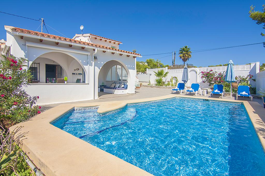Acaepa 6, Villa in Benissa, on the Costa Blanca, Spain with private pool for 6 persons. The villa is situated in a coastal and residential.....