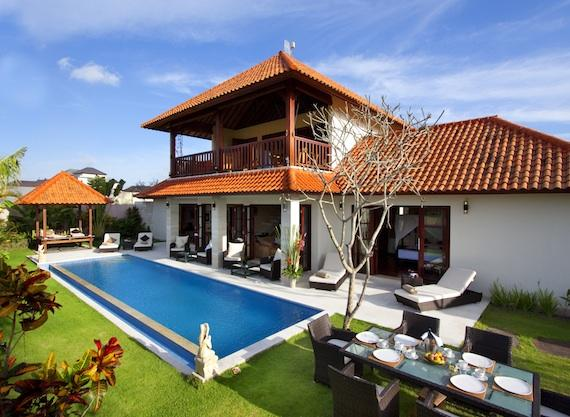 Bugenvil 4pax, Villa in Umalas, Bali, Indonesia  with private pool for 4 persons...