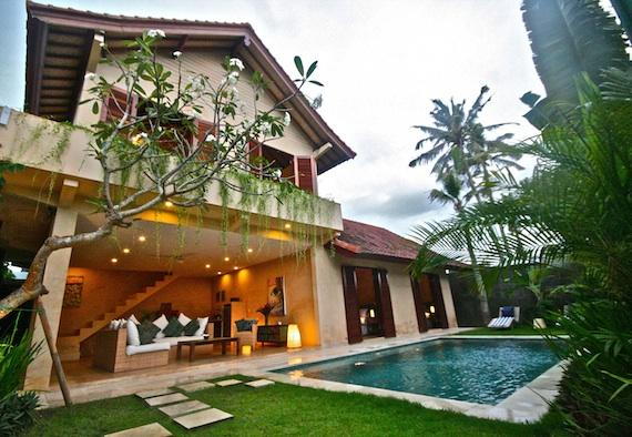 Rumi 3BR, Beautiful and luxury villa in Seminyak, Bali, Indonesia  with private pool for 6 persons...