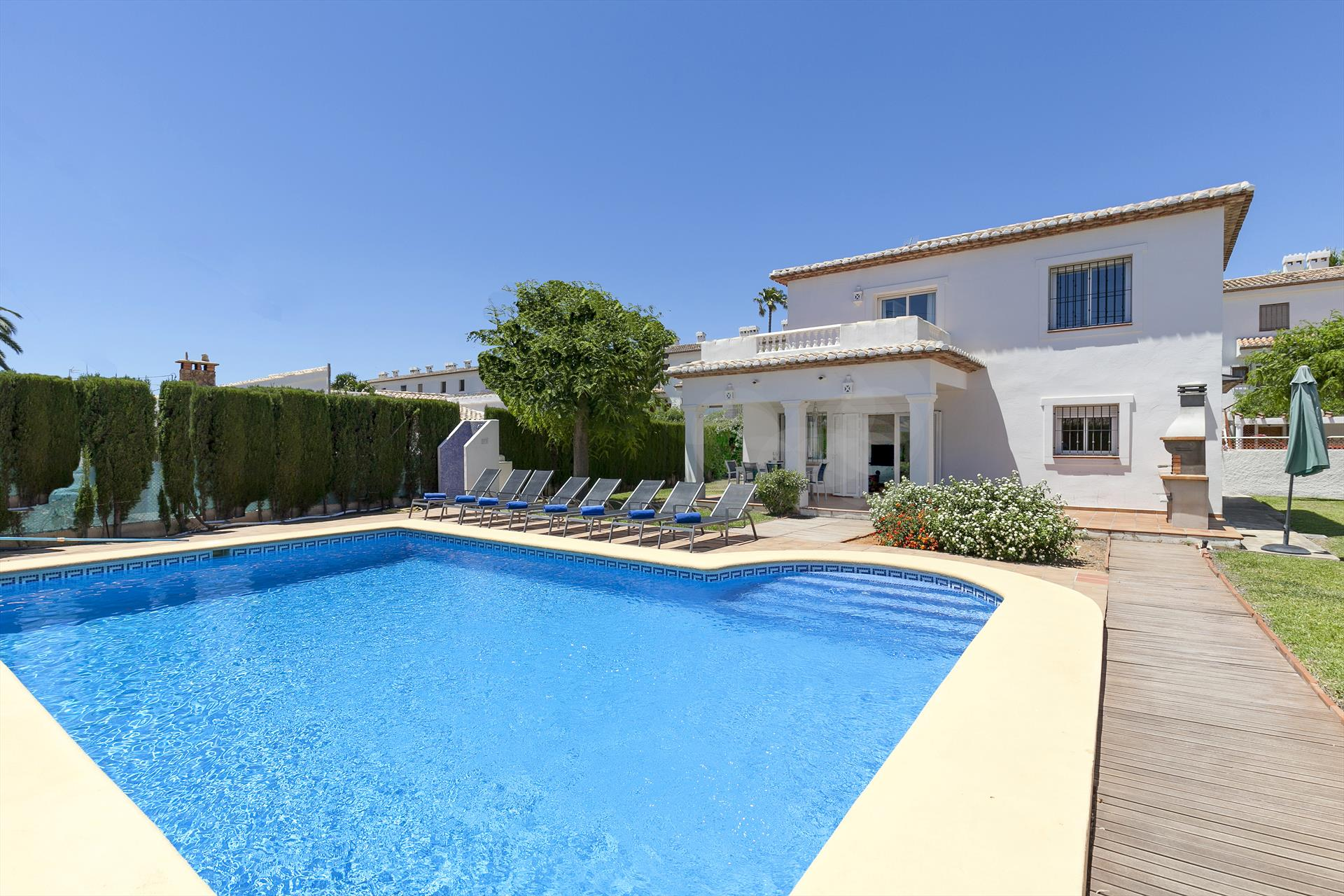 Villa Vicenta, Holiday Villa with private pool in Denia, on the Costa Blanca, Spain for 8 persons. The villa is situated in a residential.....