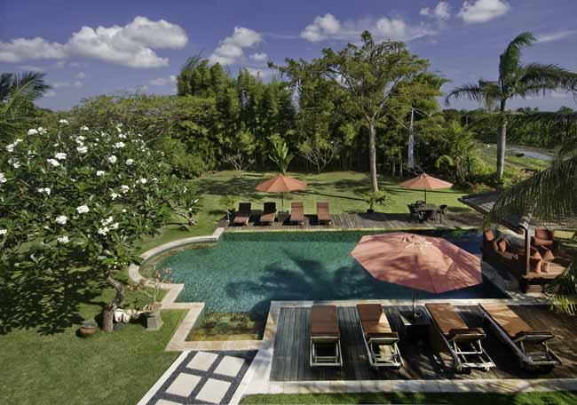 Anyar 4br, Large and luxury villa  with private pool in Umalas, Bali, Indonesia for 8 persons...