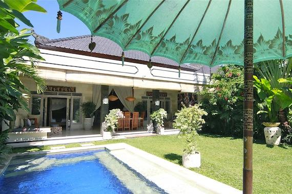 Balissima 2BR, Wonderful and cheerful villa  with private pool in Seminyak, Bali, Indonesia for 4 persons...