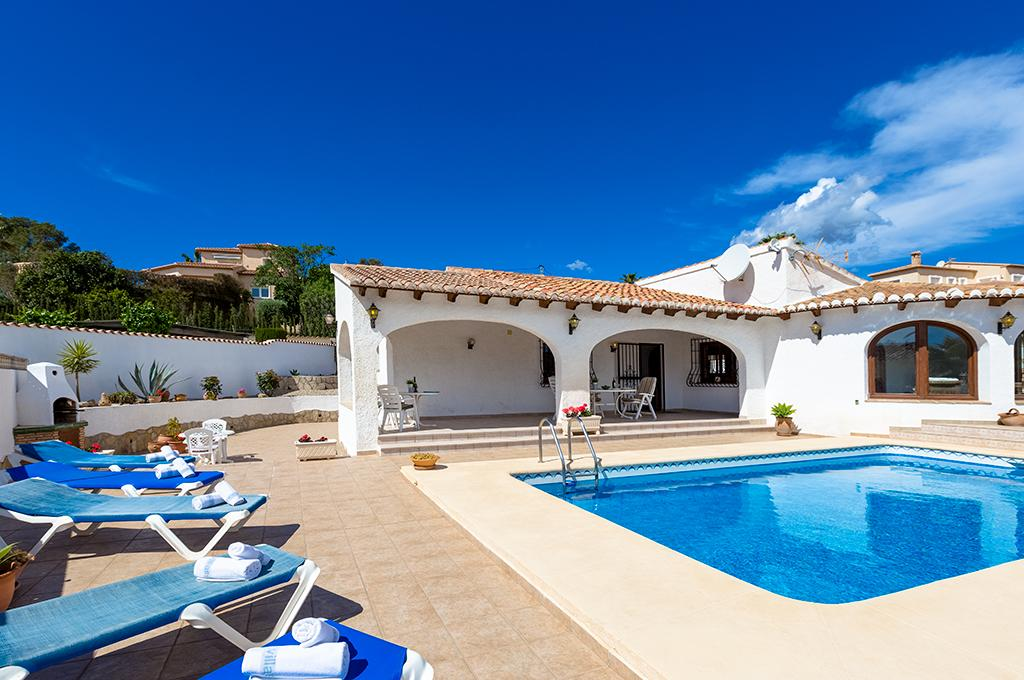 Erita 6, Villa with private pool in Benissa, on the Costa Blanca, Spain for 6 persons. The villa is situated in a hilly and residential.....