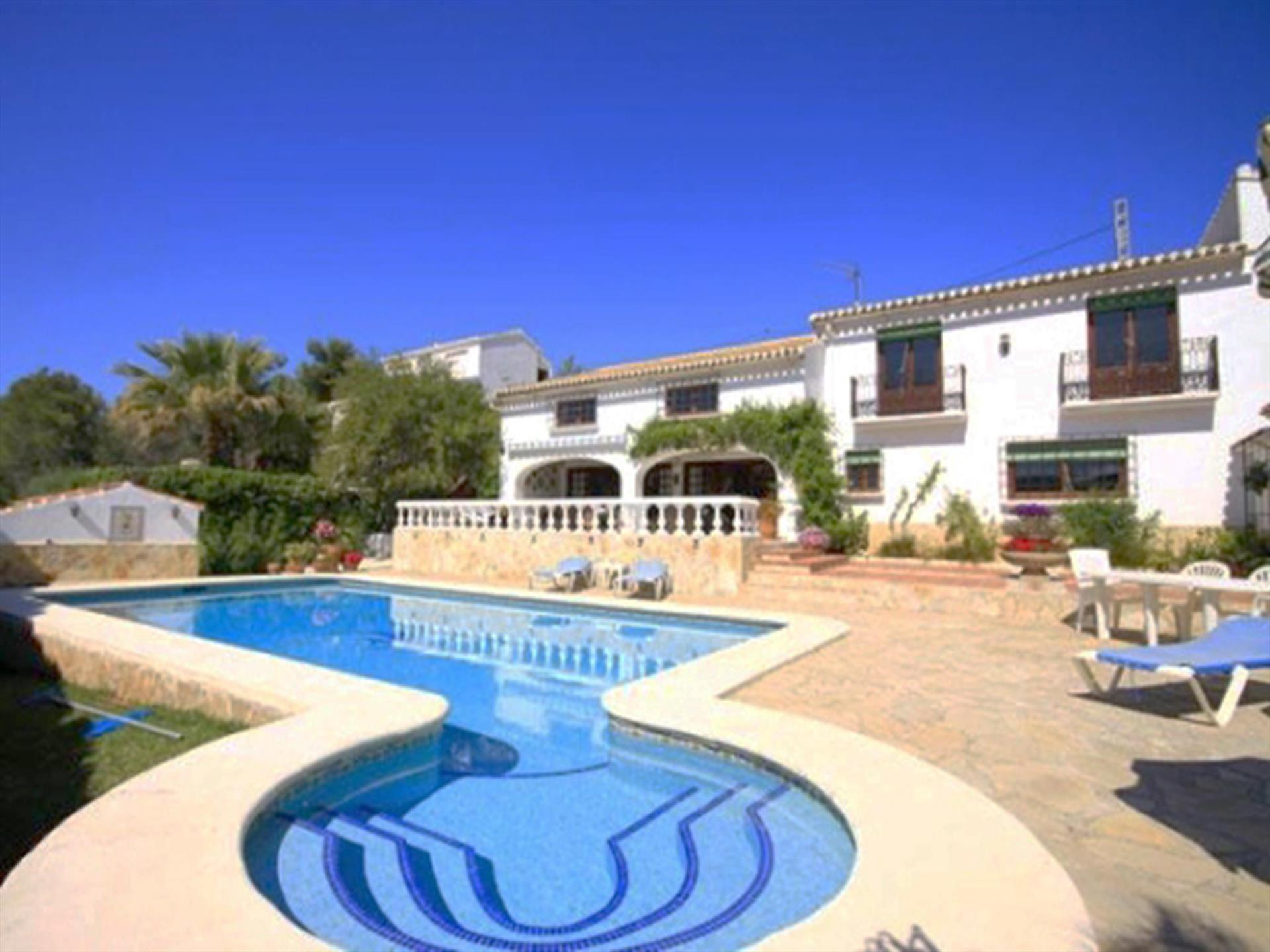 El Delfin, Large and luxury villa  with private pool in Javea, on the Costa Blanca, Spain for 8 persons.  The villa is situated  in.....