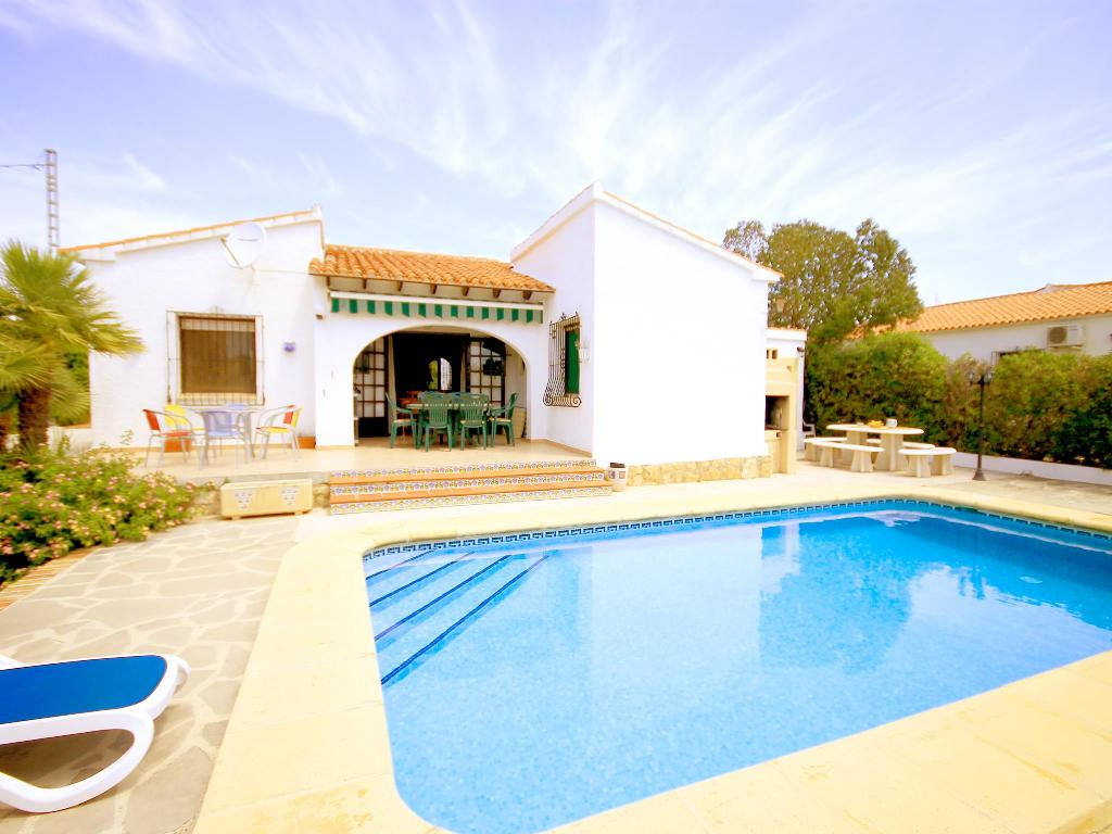 Gloria, Wonderful and comfortable villa  with private pool in Javea, on the Costa Blanca, Spain for 6 persons.....