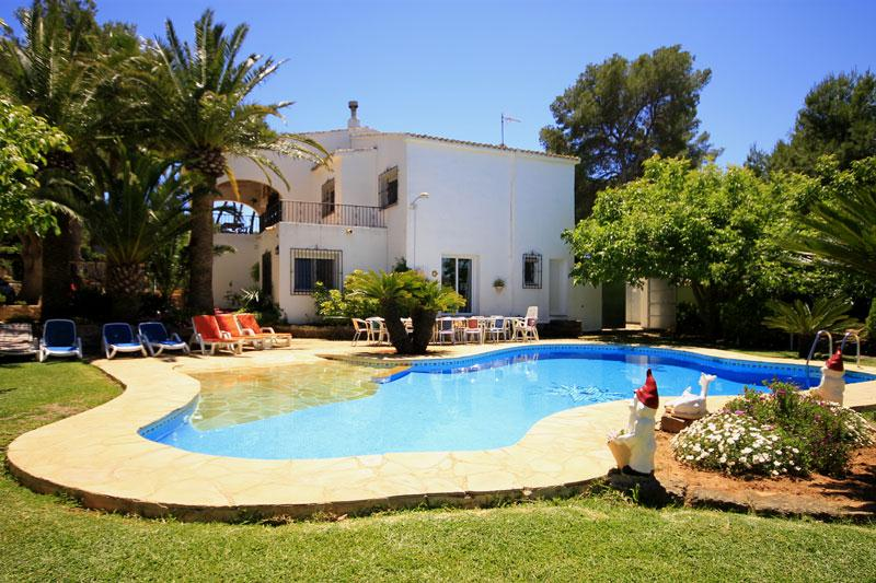 Paradise, Large and cheerful villa  with private pool in Javea, on the Costa Blanca, Spain for 15 persons.  The villa is situated.....