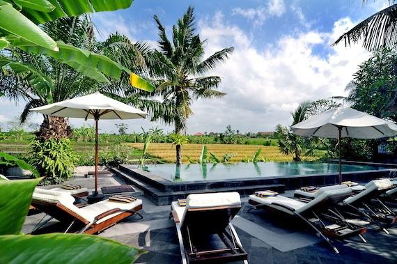 Kubu Dewi Sri, Beautiful and luxury villa  with private pool in Canggu, Bali, Indonesia for 10 persons...