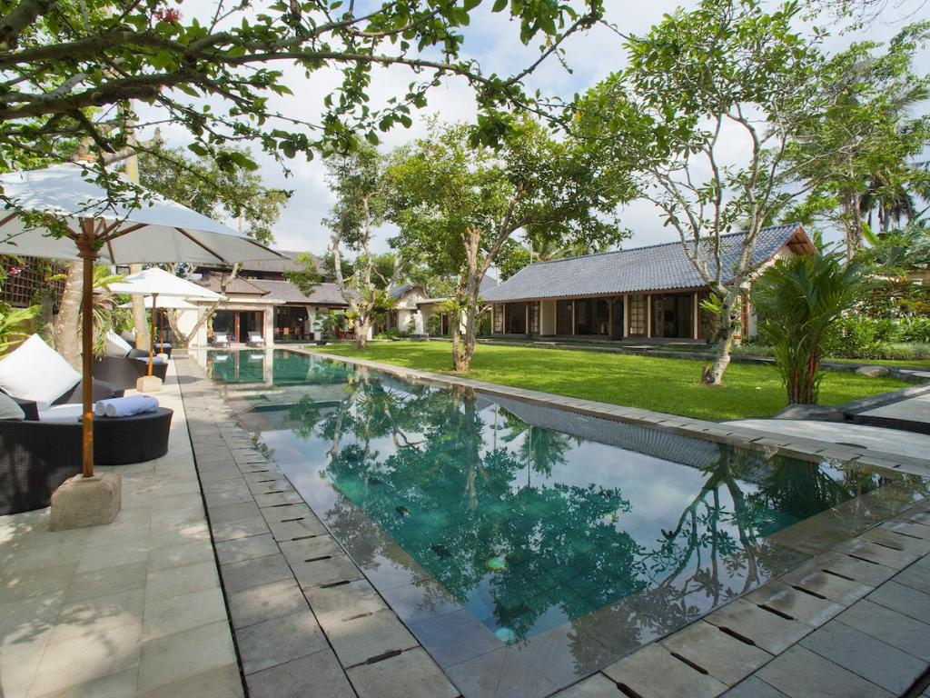 San, Large and luxury villa in Ubud, Bali, Indonesia  with private pool for 12 persons...