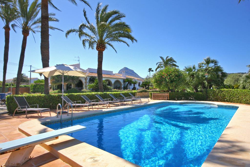 Entre Palmeras, Rustic and romantic villa in Javea, on the Costa Blanca, Spain  with private pool for 10 persons.....