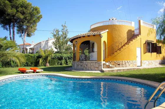 Villa Santa Lucia, Wonderful and nice villa  with private pool in Denia, on the Costa Blanca, Spain for 6 persons.....