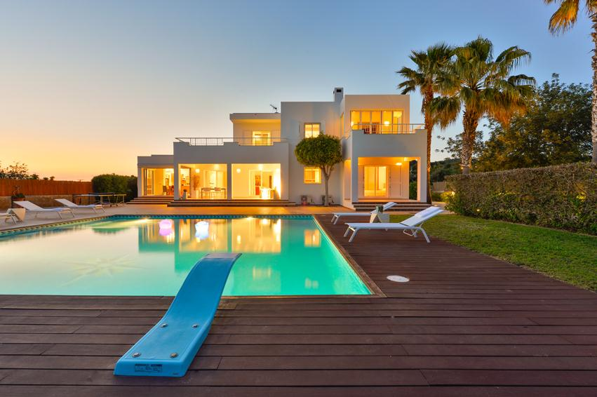 Fluksa, Large and comfortable villa  with private pool in Jesus, Ibiza, Spain for 8 persons...