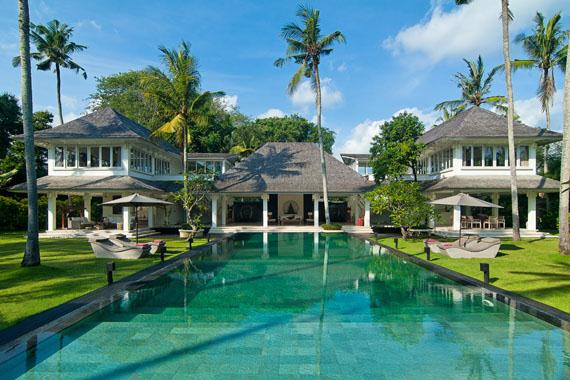 Matahari seseh, Beautiful and luxury villa  with private pool in Seseh, Bali, Indonesia for 8 persons...
