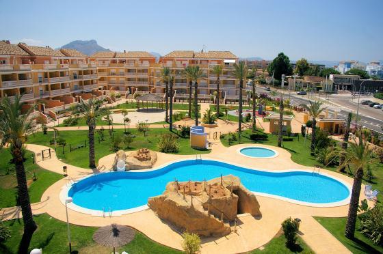 AQUAMARINAS D2,Apartamento modernoy acogedor con piscina comunitaria en Denia, Alicante para 5 personas. El apartamento está.....