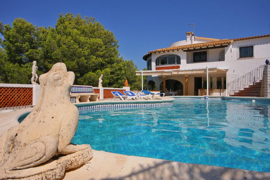 Bellevue, Large and comfortable villa  with private pool in Denia, on the Costa Blanca, Spain for 8 persons.....