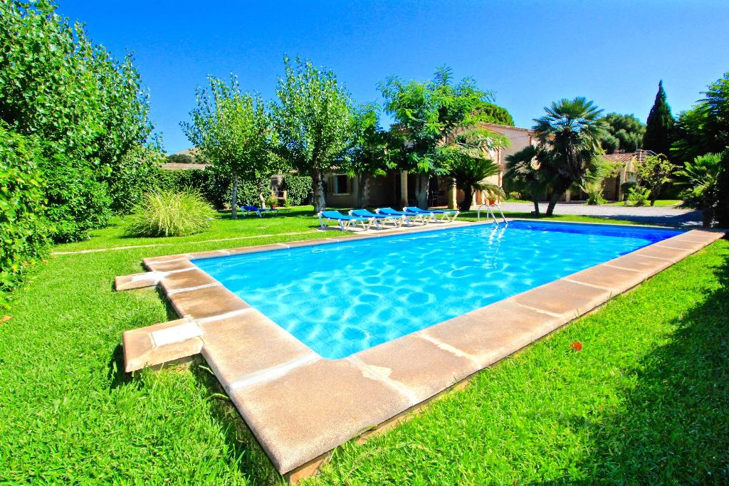 Mvr001 villa, Large villa  with private pool in Pollensa, Mallorca, Spain for 10 persons...