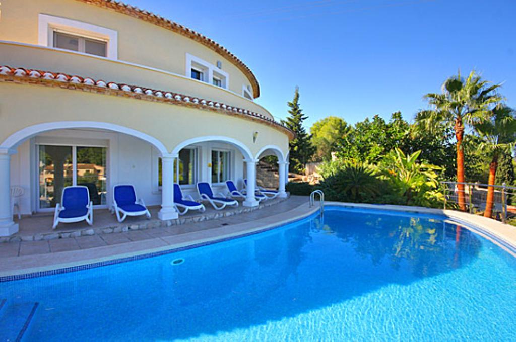Villa Jarmila, Beautiful and comfortable villa  with private pool in Javea, on the Costa Blanca, Spain for 8 persons.....