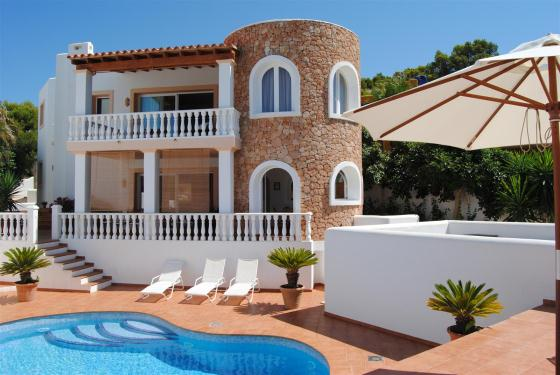 780, Large villa  with private pool in Cala Vadella, Ibiza, Spain for 6 persons...