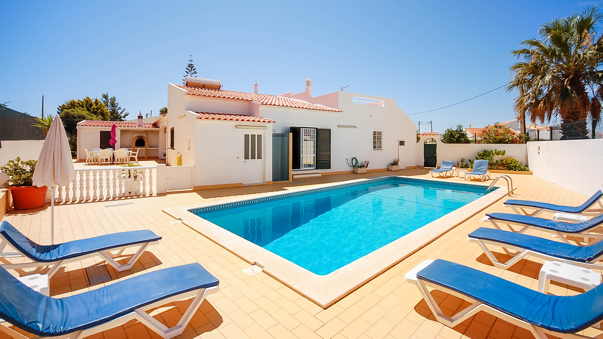 Villa Albufeira LS406, Classic and nice villa  with private pool in Albufeira, on the Algarve, Portugal for 8 persons...