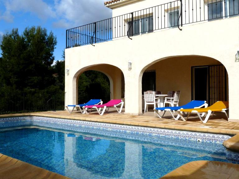 Laurence, Villa  with private pool in Altea, on the Costa Blanca, Spain for 6 persons...
