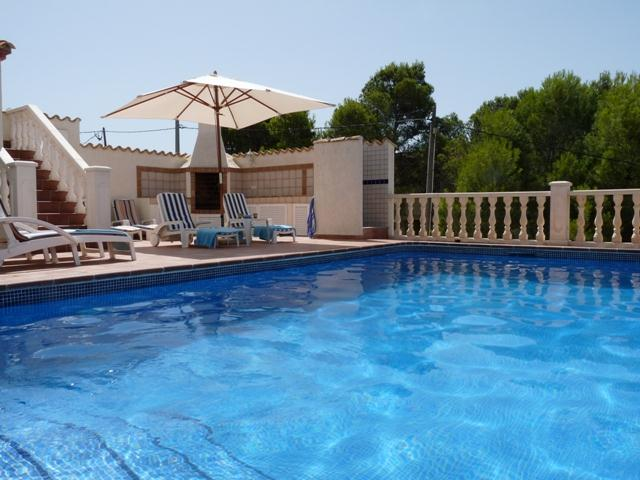 Carpe Diem 6, Comfortable villa in Altea, on the Costa Blanca, Spain  with heated pool for 6 persons.....