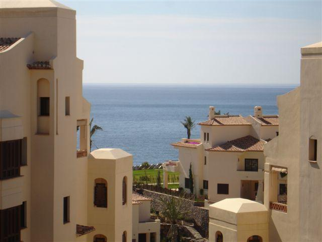 Apartamento Villa Gadea, Apartment in Altea, on the Costa Blanca, Spain  with communal pool for 4 persons.....