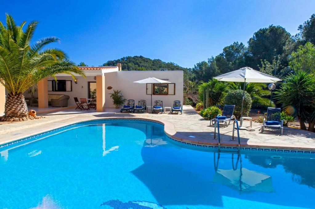 617, Villa in Porroig, Ibiza, Spain  with private pool for 6 persons...