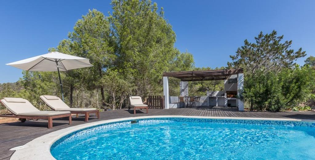 649, Wonderful and comfortable villa in Cala Vadella, Ibiza, Spain  with private pool for 6 persons...