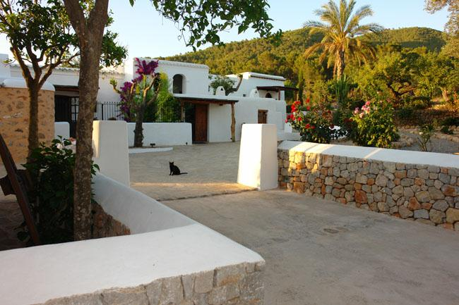 734, Large and comfortable villa in San Lorenzo, Ibiza, Spain  with private pool for 12 persons...