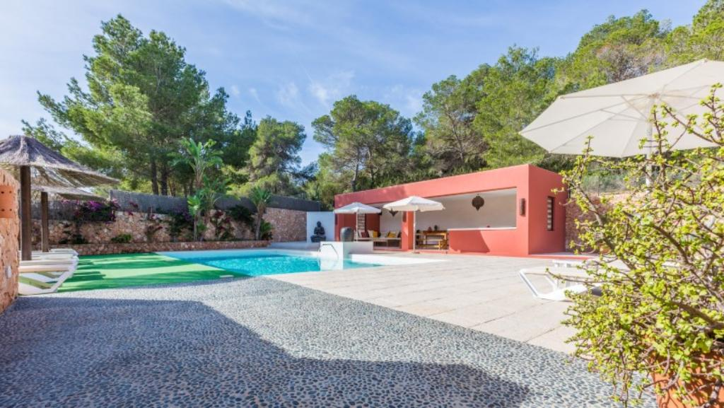 738, Beautiful and comfortable villa  with private pool in Cala Vadella, Ibiza, Spain for 12 persons...