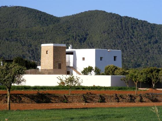 756, Beautiful and comfortable villa  with private pool in San Lorenzo, Ibiza, Spain for 10 persons...