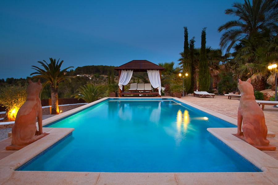 San Lorenso, Beautiful and comfortable villa  with private pool in San Carlos, Ibiza, Spain for 10 persons...