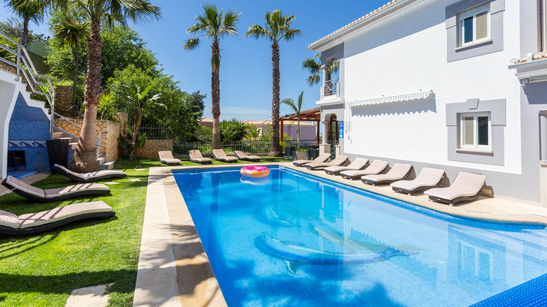 Villa Albufeira LS429, Wonderful and luxury villa in Albufeira, on the Algarve, Portugal  with private pool for 12 persons...
