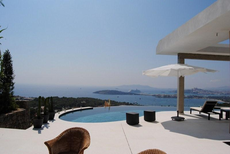 816, Large and luxury villa  with private pool in Ibiza, Ibiza, Spain for 8 persons...