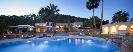 822, Wonderful and luxury villa  with private pool in Es Cubells, Ibiza, Spain for 12 persons...