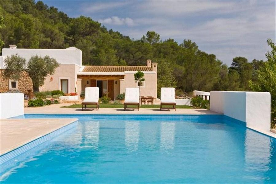 867, Large and luxury villa in San Jose, Ibiza, Spain  with private pool for 10 persons...