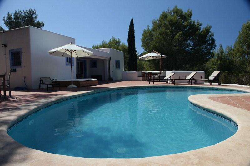 718, Large villa  with private pool in San Agustín, Ibiza, Spain for 12 persons...