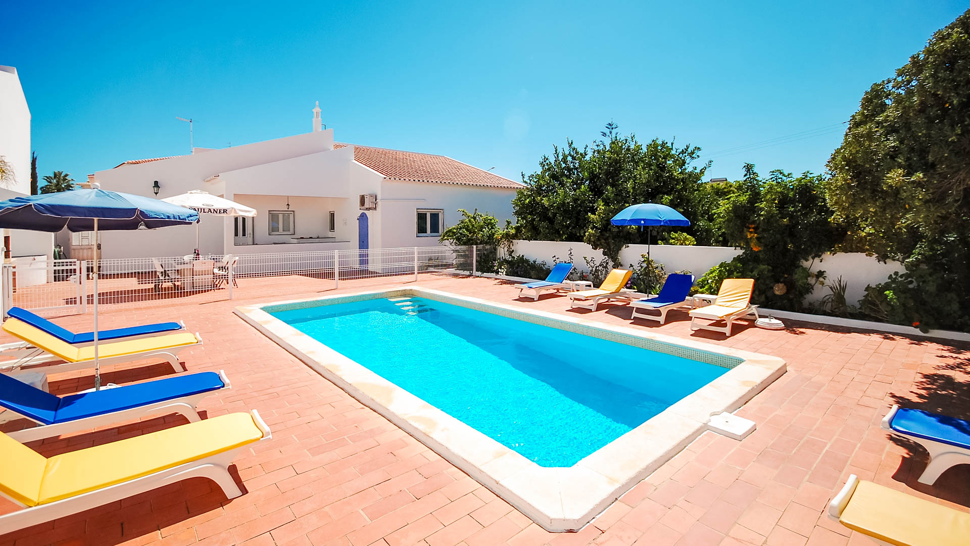 Villa Albufeira LS432, Large and nice villa  with private pool in Albufeira, on the Algarve, Portugal for 8 persons.....