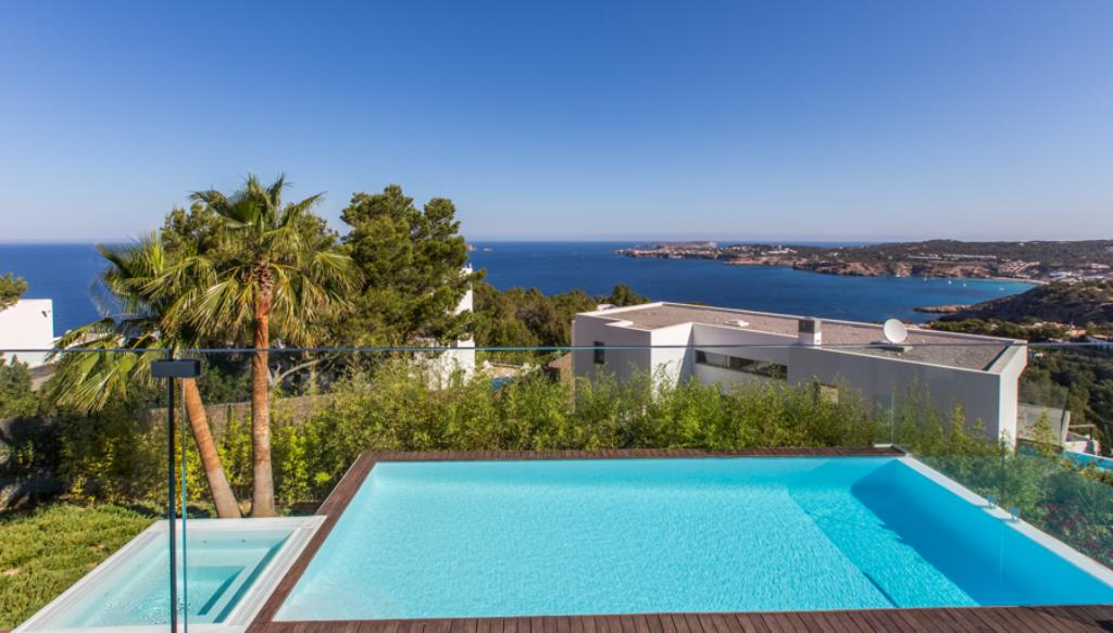 890,Large and luxury villa in Cala Moli, Ibiza, Spain  with private pool for 8 persons...