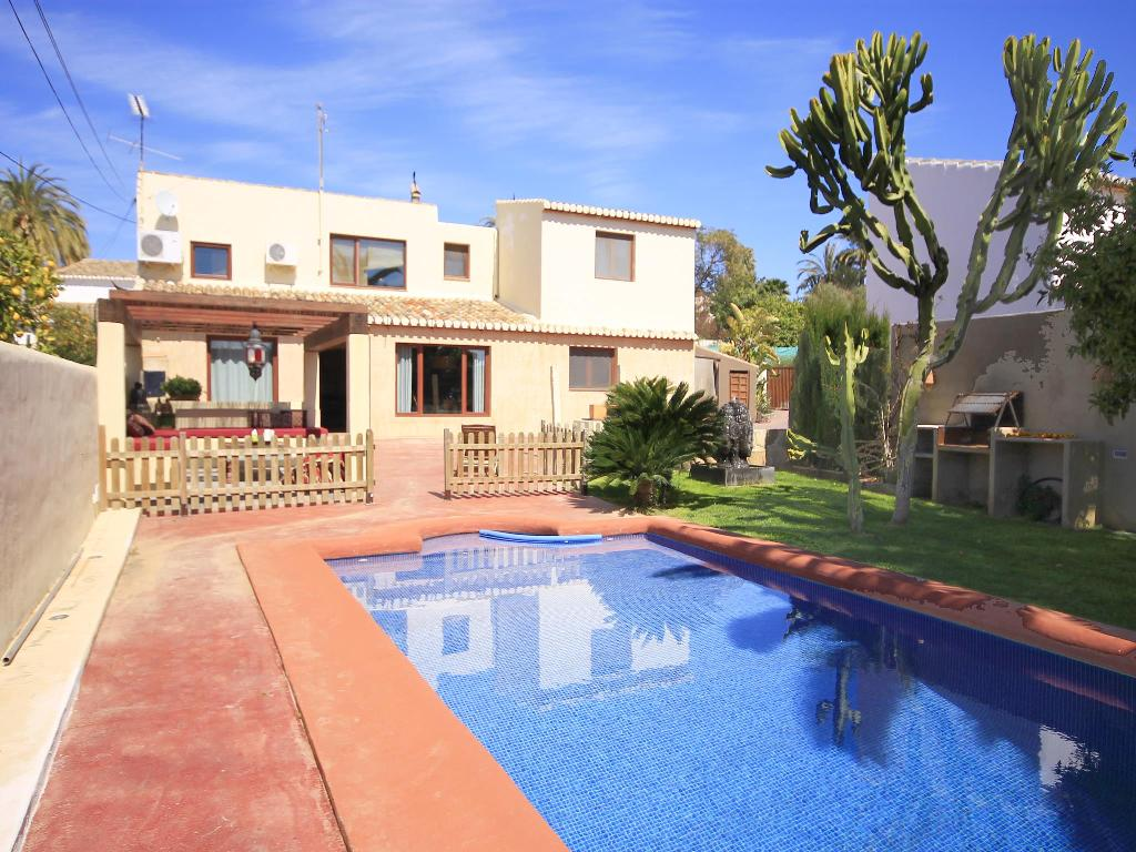 Etoile, Lovely and romantic villa  with private pool in Javea, on the Costa Blanca, Spain for 6 persons.....