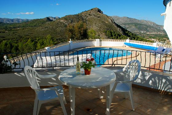 LE REVE, Beautiful and comfortable villa in Orba, on the Costa Blanca, Spain  with private pool for 6 persons.....