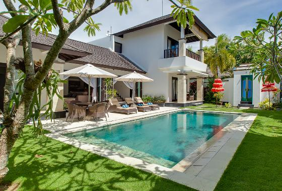 Alamanda puri tirta, Beautiful and luxury villa  with private pool in Nusa Dua, Bali, Indonesia for 6 persons...