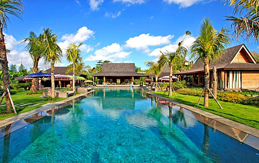 Kayu, Beautiful and luxury villa in Umalas, Bali, Indonesia  with private pool for 8 persons...