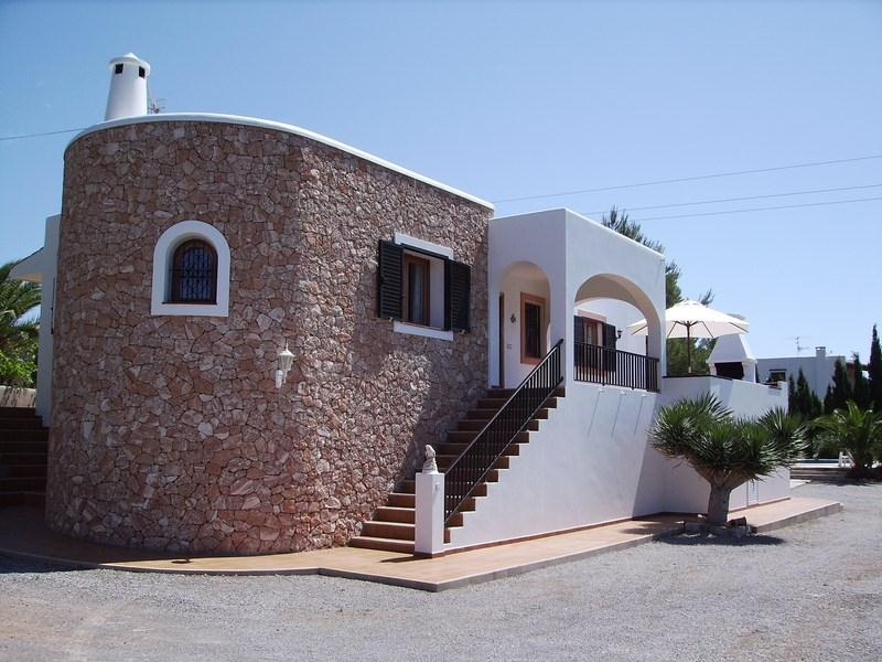 698, Villa  with private pool in San Jose, Ibiza, Spain for 6 persons...