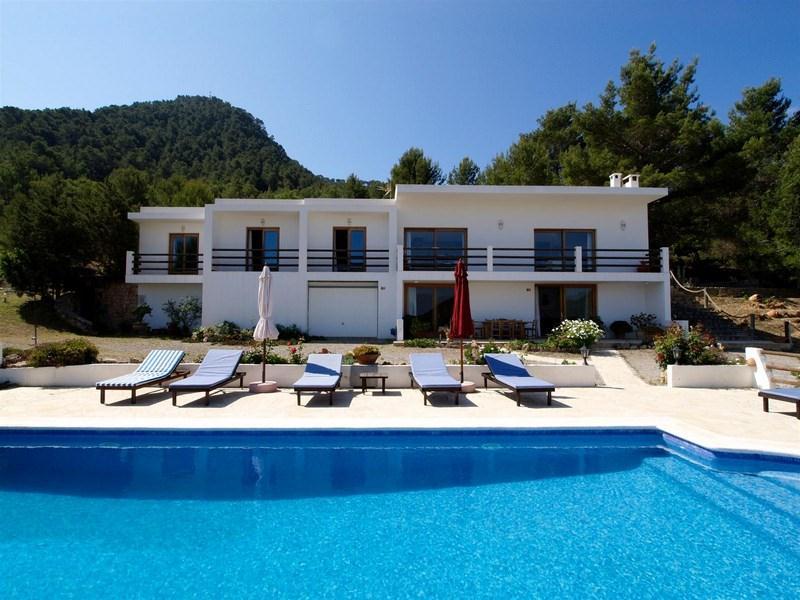 635,Villa grande  con piscina privata a San Jose, Ibiza, in Spagna per 8 persone...