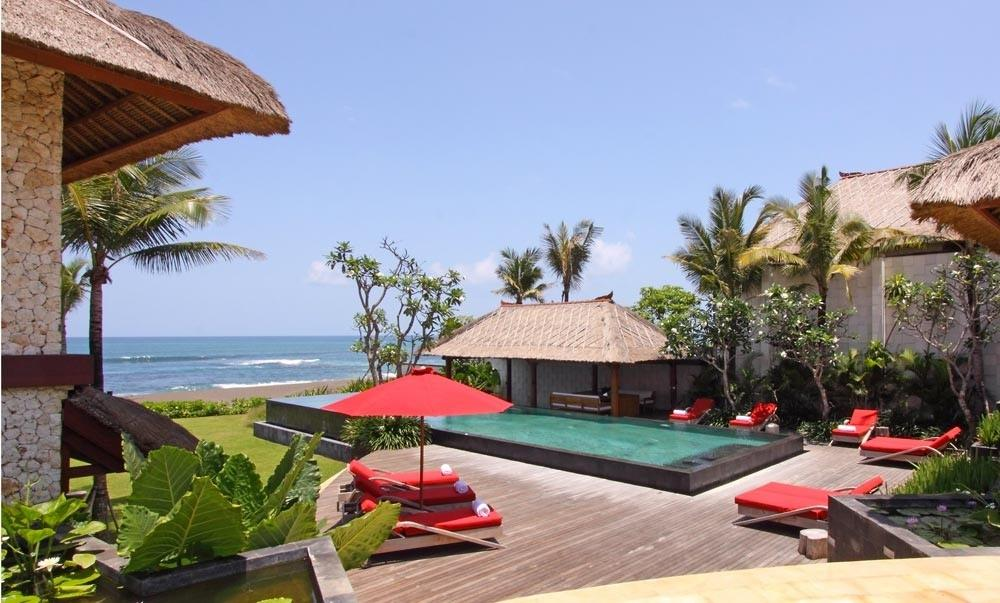 Sound of the sea, Beautiful and luxury villa in Seseh, Bali, Indonesia  with private pool for 10 persons...