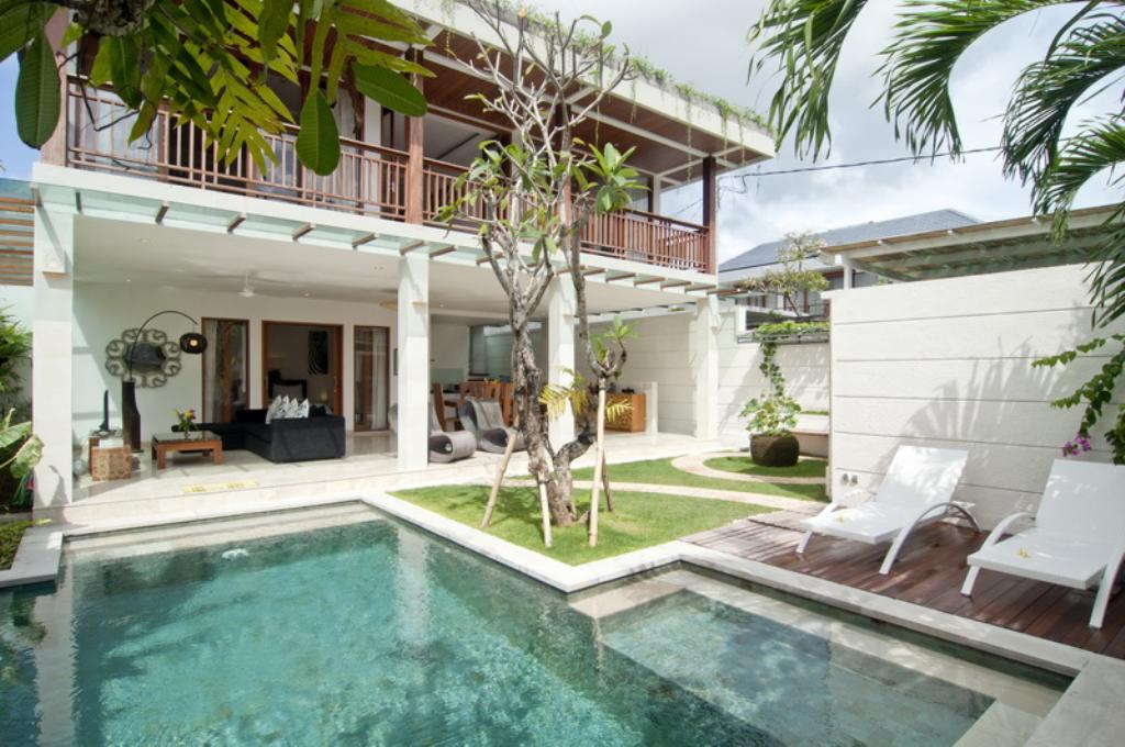 Lumut, Modern and luxury villa in Seminyak, Bali, Indonesia  with private pool for 6 persons...