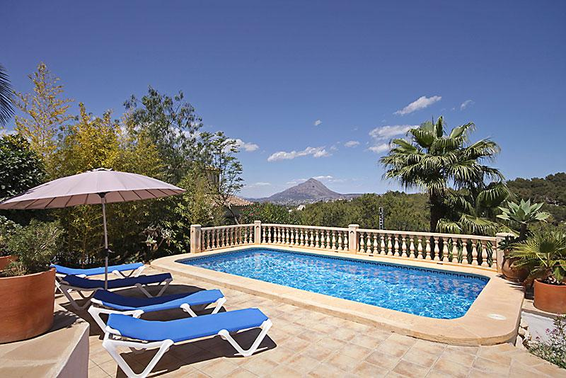 Casa Moya, Wonderful and comfortable villa  with private pool in Javea, on the Costa Blanca, Spain for 6 persons...