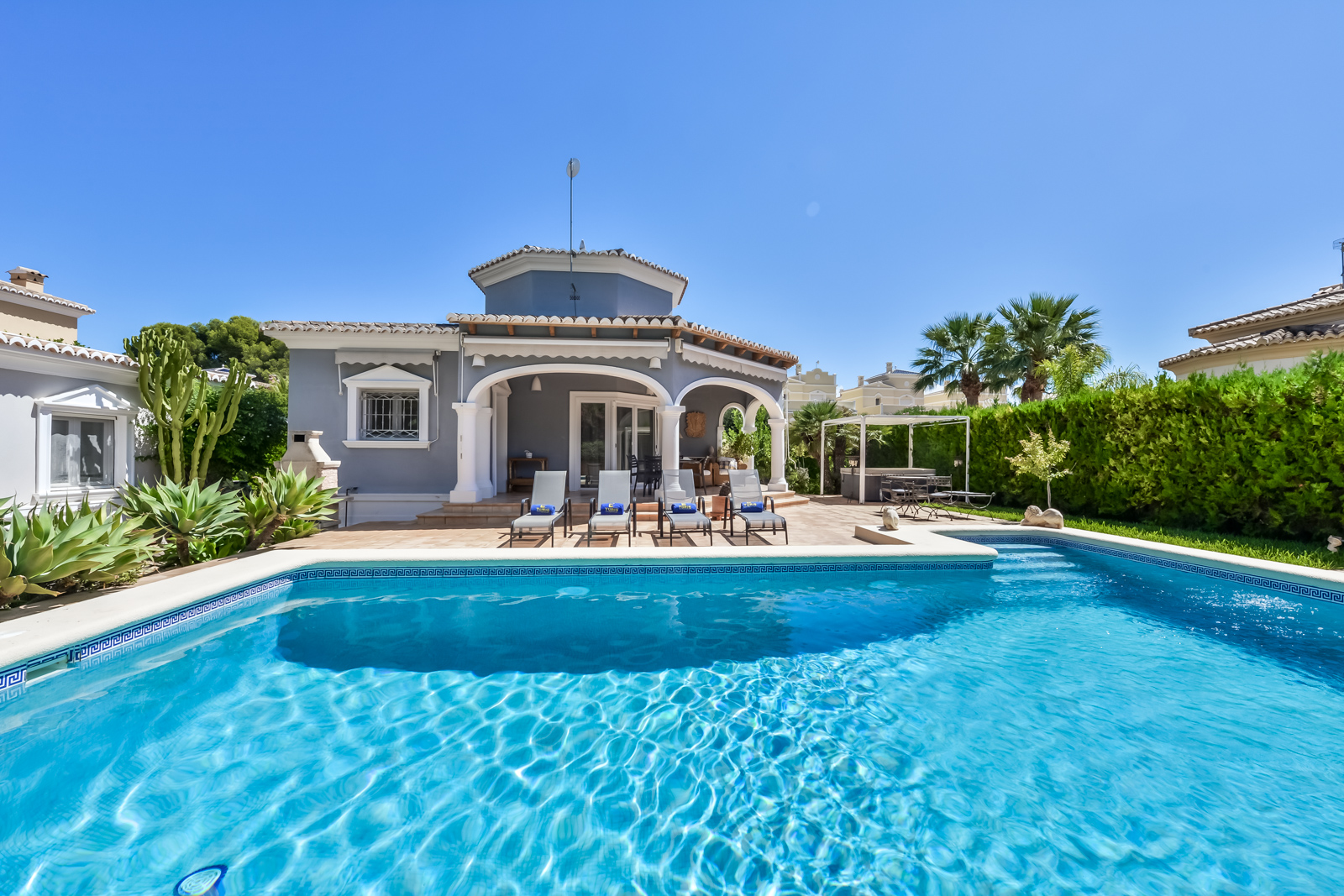 Villa Coral, Wonderful and nice villa  with private pool in Calpe, on the Costa Blanca, Spain for 6 persons...